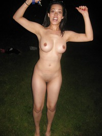 Latina public nude — photo 14