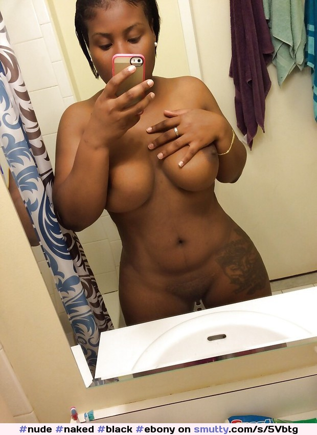 naked-black-girls-selfies