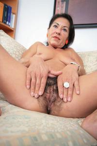 Fick Spass mit tätowierter Granny