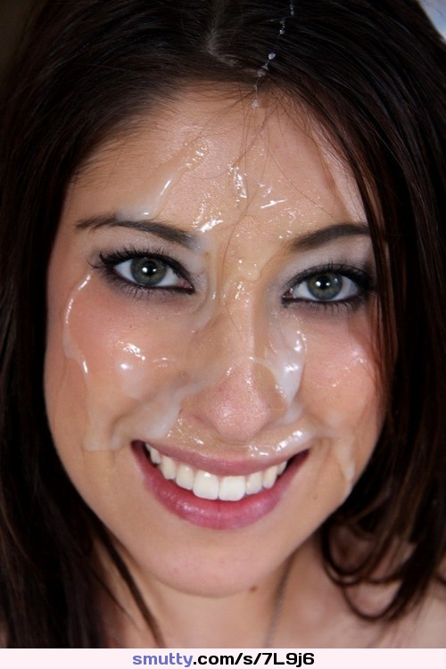 Gorgeous brunette cum facial — photo 6