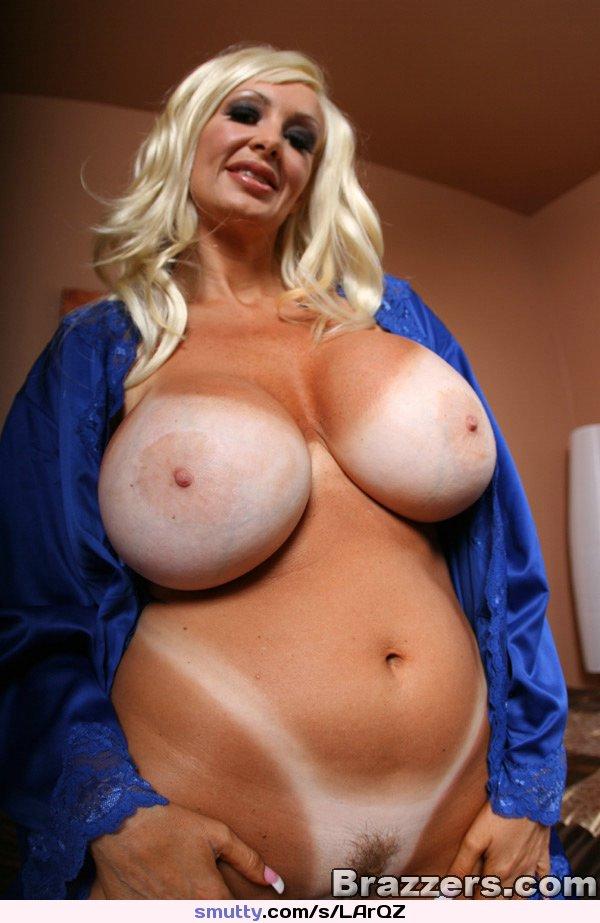 Teen blonde puffy tits nipples
