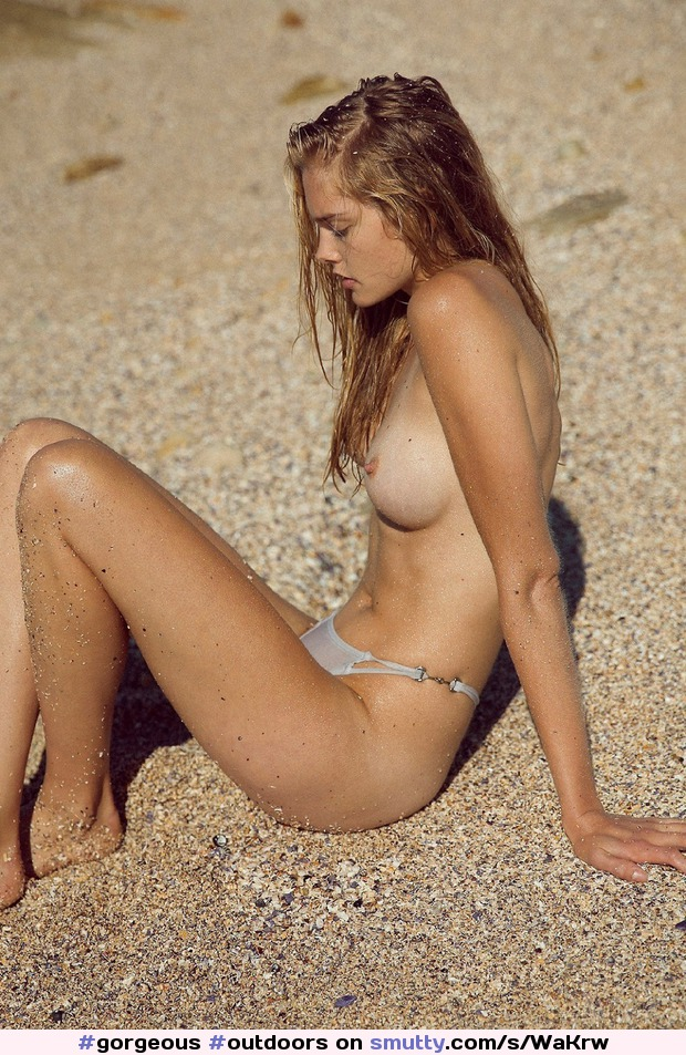#gorgeous #outdoors #topless #slim #slender #fit #nicelegs #abs #attitude #bikinibottoms #sand