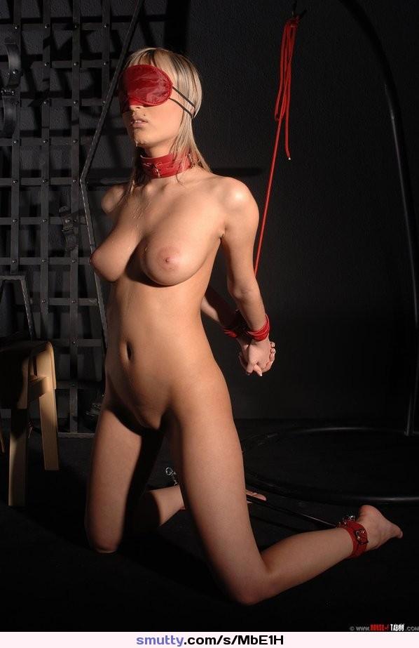 Sexy Blindfolded Naked Women Pics