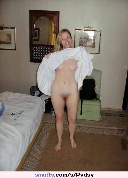 Amateur Private Pussy And Tit Flashing