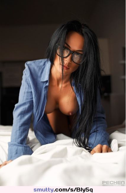 #sexy #bookworm #girlswithglasses #naughty #nobraneeded #titsout #babes #hot #hottie #alluring #seductive #tits #nsfw #eyecontact #boobs