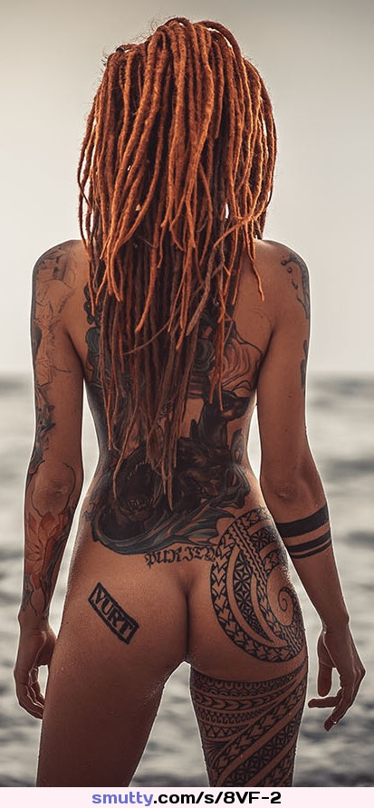 #emo #rasta #tattoed #hourglass #hotbody #erotic #beautiful
