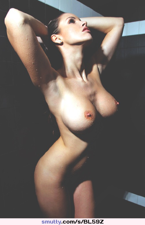 #shower #brunete #hotbody #bigtits #narrowwaist #erectnipples #nipples #tits #boobs #erotic #pretty #hourglass #sensual #seductive #slim