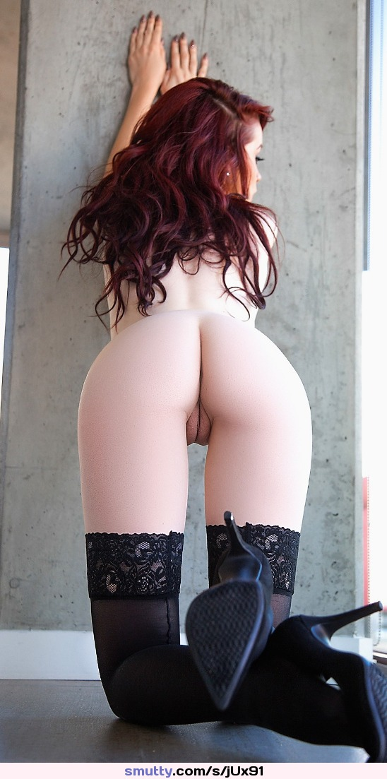 #rearview #redhead #beautiful #erotic