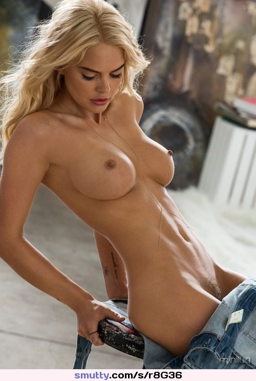 #sexy #blonde #topless #undressing #boobs #tits #nipples #flatstomach #tight #nipples #bushypussy #cleavage #lookingdown #beautiful #erotic
