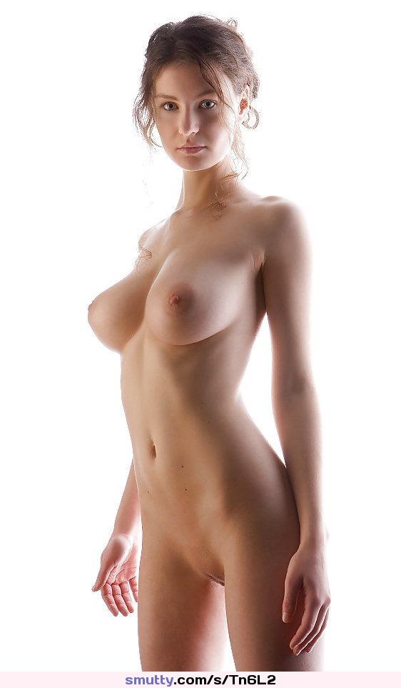 Superstar Nude Erotica Boobs Scenes