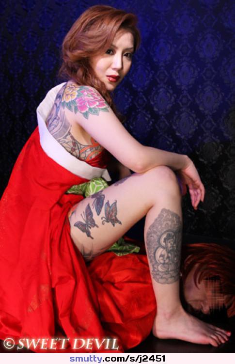 Naked wife masterbates gif