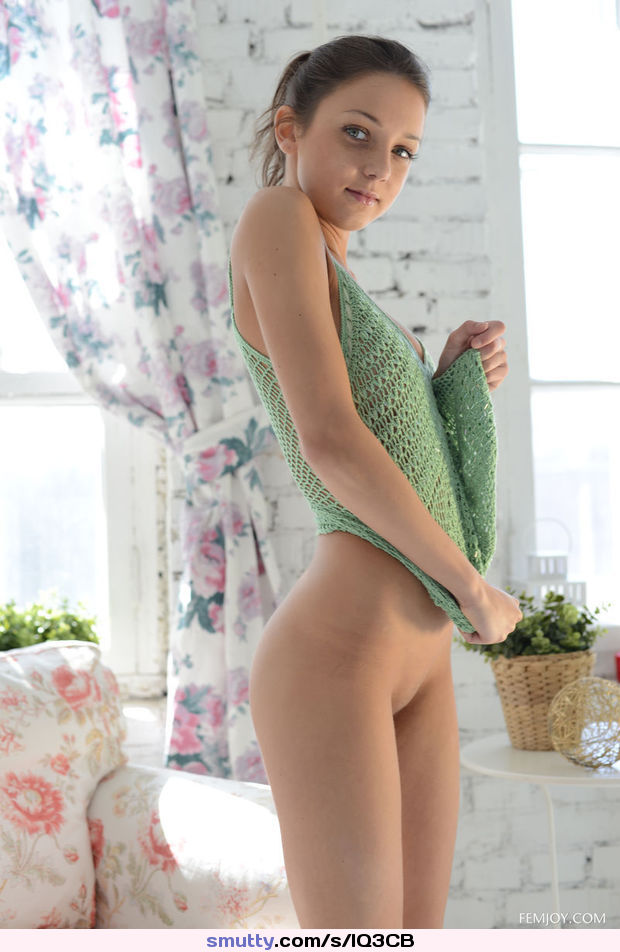 nude girl innocent hd