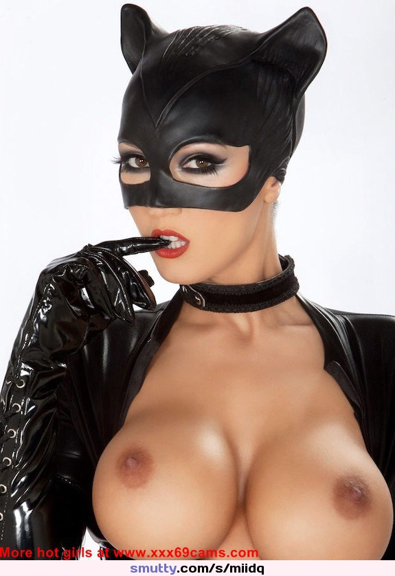 Catwoman sexy boobs