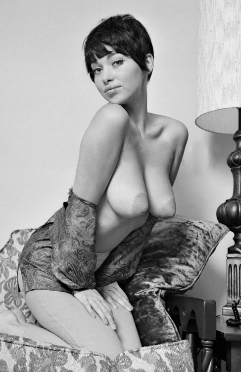 #retro #vintage #cleavage #nipples #bigtits #shorthair #seductive #titsout #onherknees #sohot #sosexy #sexy #hot #sultry #babe #gorgeoustits
