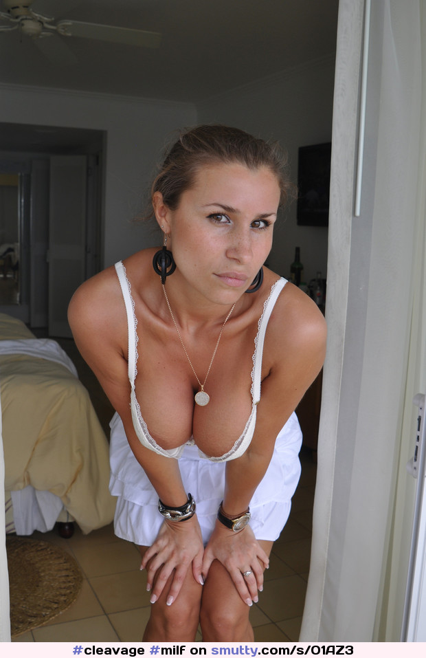 #cleavage #milf #sundress #hangers #hangingtits #nipslip #NippleSlip #downblouse #hotelroom #vacation sexy #hot #babe #WhiteDress #Yowza
