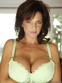 mature deauxma videos and images collected on smutty
