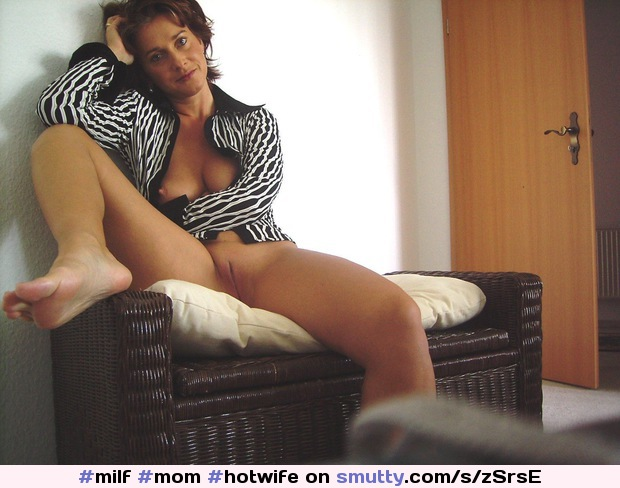 #milf #mom #hotwife #hotmom