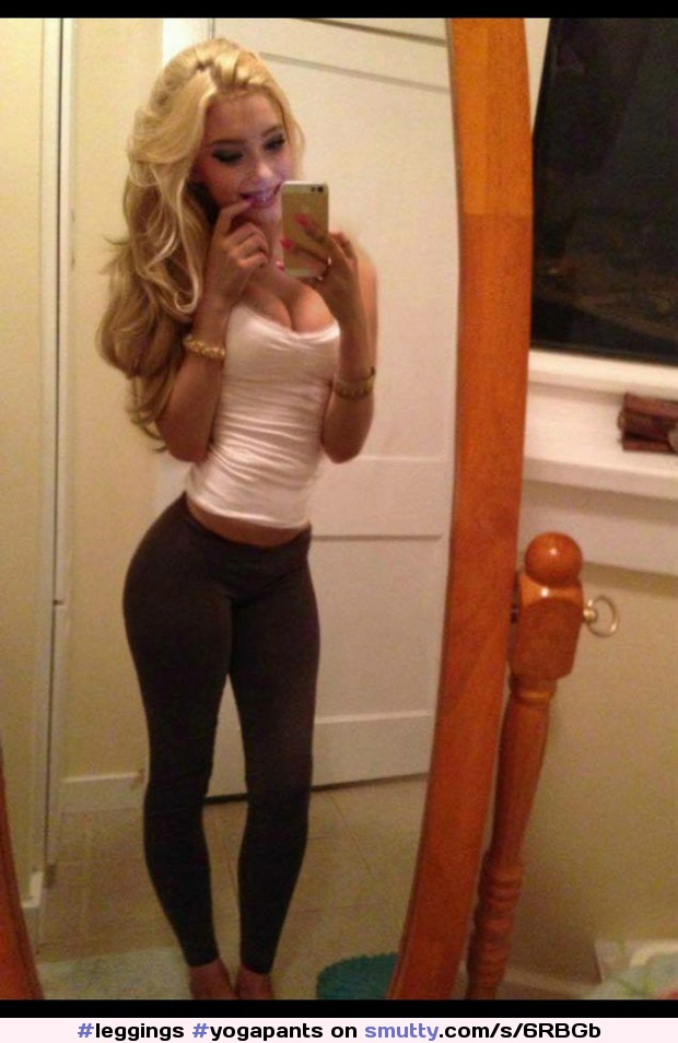 #leggings #yogapants #spandex #slut #slutwear #cameltoe #blonde #showoff #sexybody #teen #hot #cocktease #chav #chavslut #pose #selfie #sexy