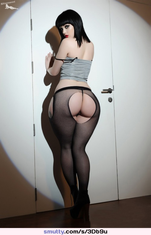 #ass #curvy #curves #booty #whooty #Pawg #thong #fishnet #lookingback #Pale #sexy
