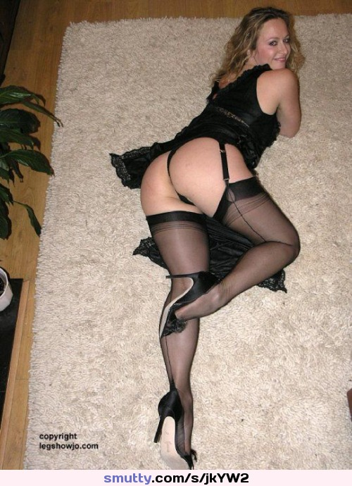 Thick Milf In Stockings