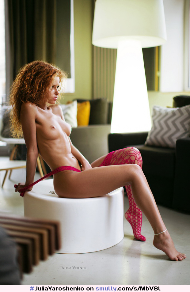 #JuliaYaroshenko #redhead #breasts #curly
