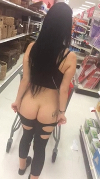 #GIF #KatrinaJade #brunette #shopping #mall #flashing #ass #flash #public #PublicFlash #flasher #pantsdown #shopping #ShoppingCart #tattooed