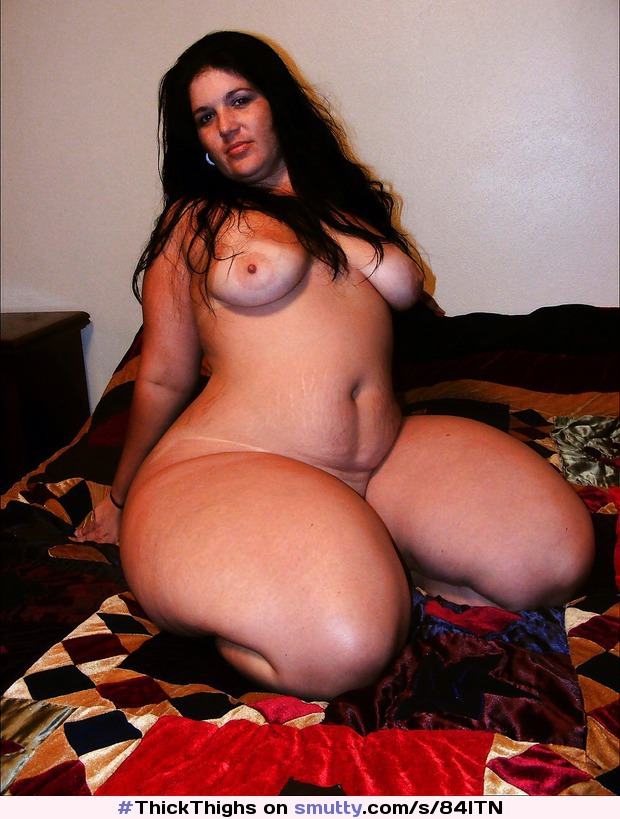thick naked latinas Hot