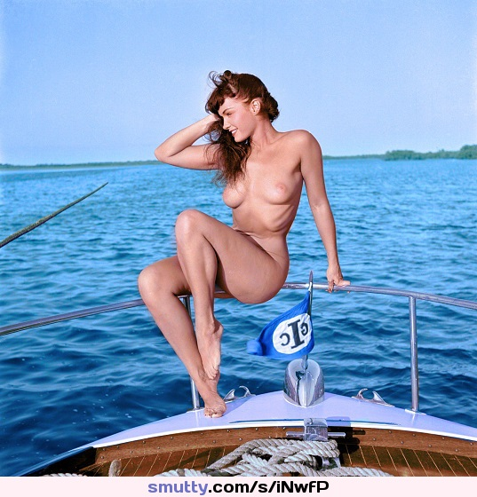 Bettie Page 1950s Colorized #vintage #BettiePage #Betty #Page #1950s #ImPussy