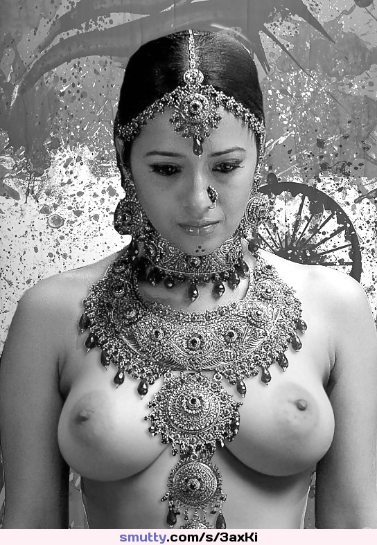 Sexy bengali girl roopa nicely enjoyed indian sex photo