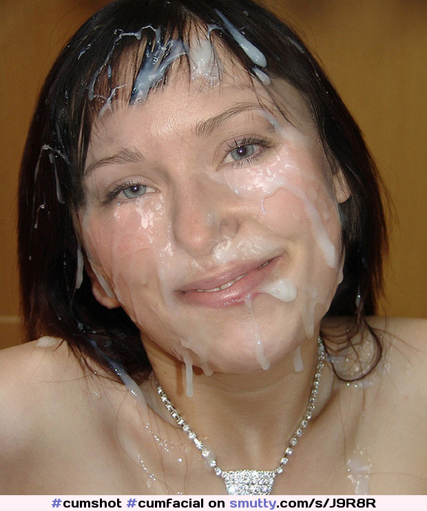 Smiling cum facial bukkake for the